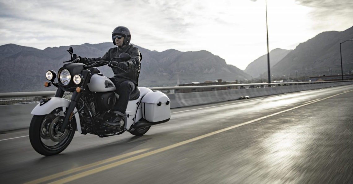 Indian Motorcycle Dark Horse White Smoke 2019