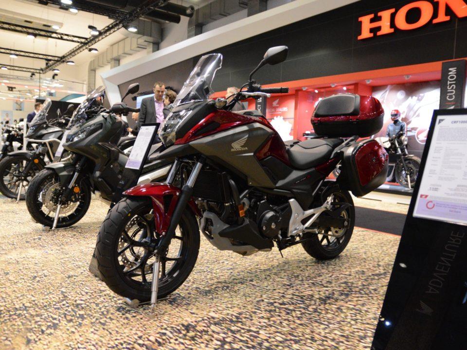 Suzuki GSX-1300R HAYABUSA (2021) - REVIEW - Test MotorRAI