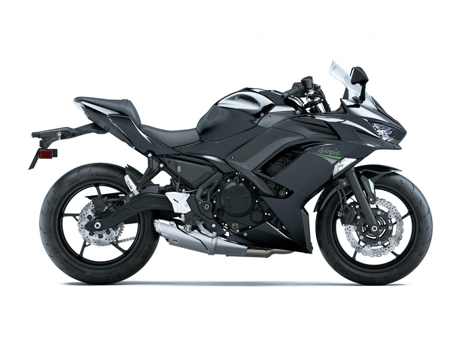 2021 Kawasaki Z900RS komt ook in zwart